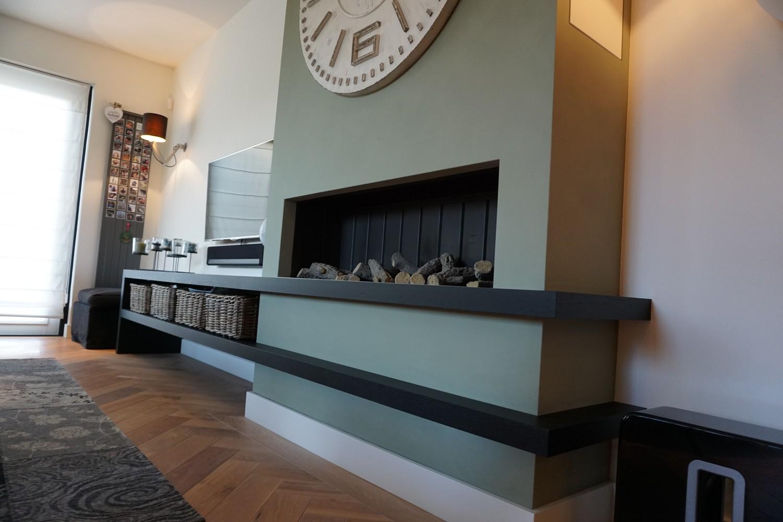 Moderne Keuken met doorlopende visgraat vloer (11)